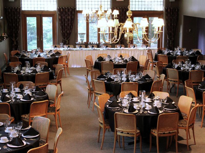 Wedding - Head Table Set Up Lower Level