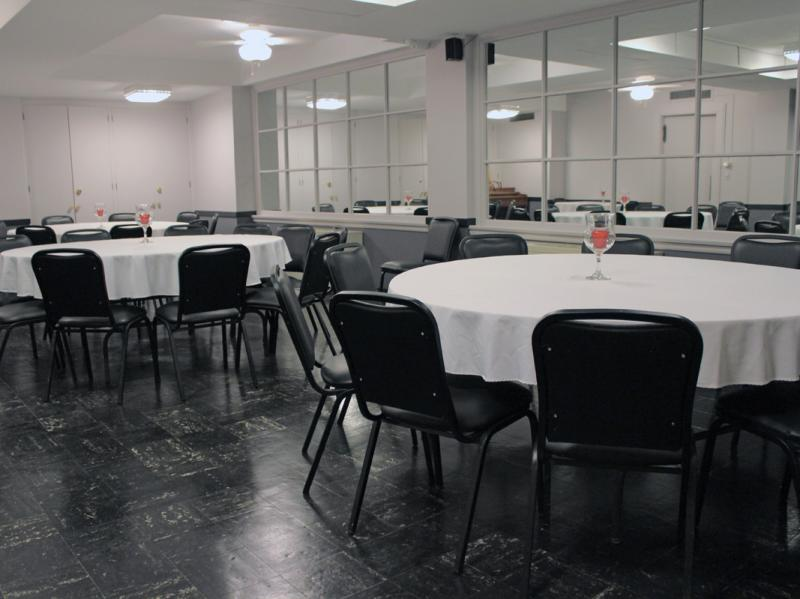 Additional Dining Area - Lower Level
