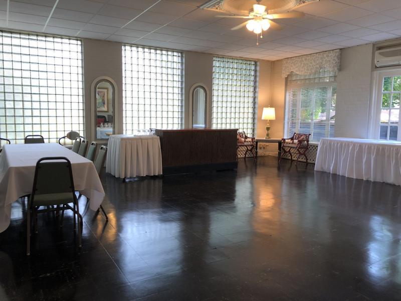 Sunroom - Small Party Area