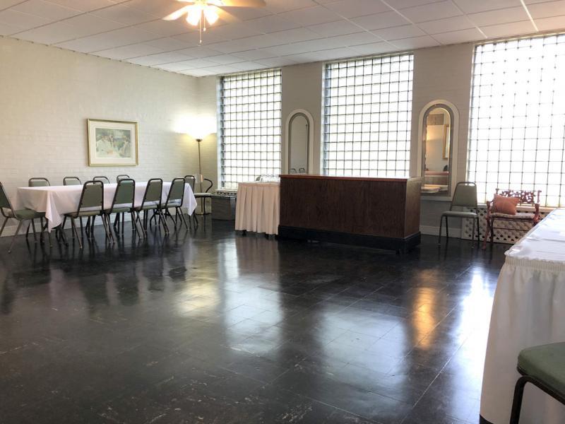 Sunroom Small Party Area